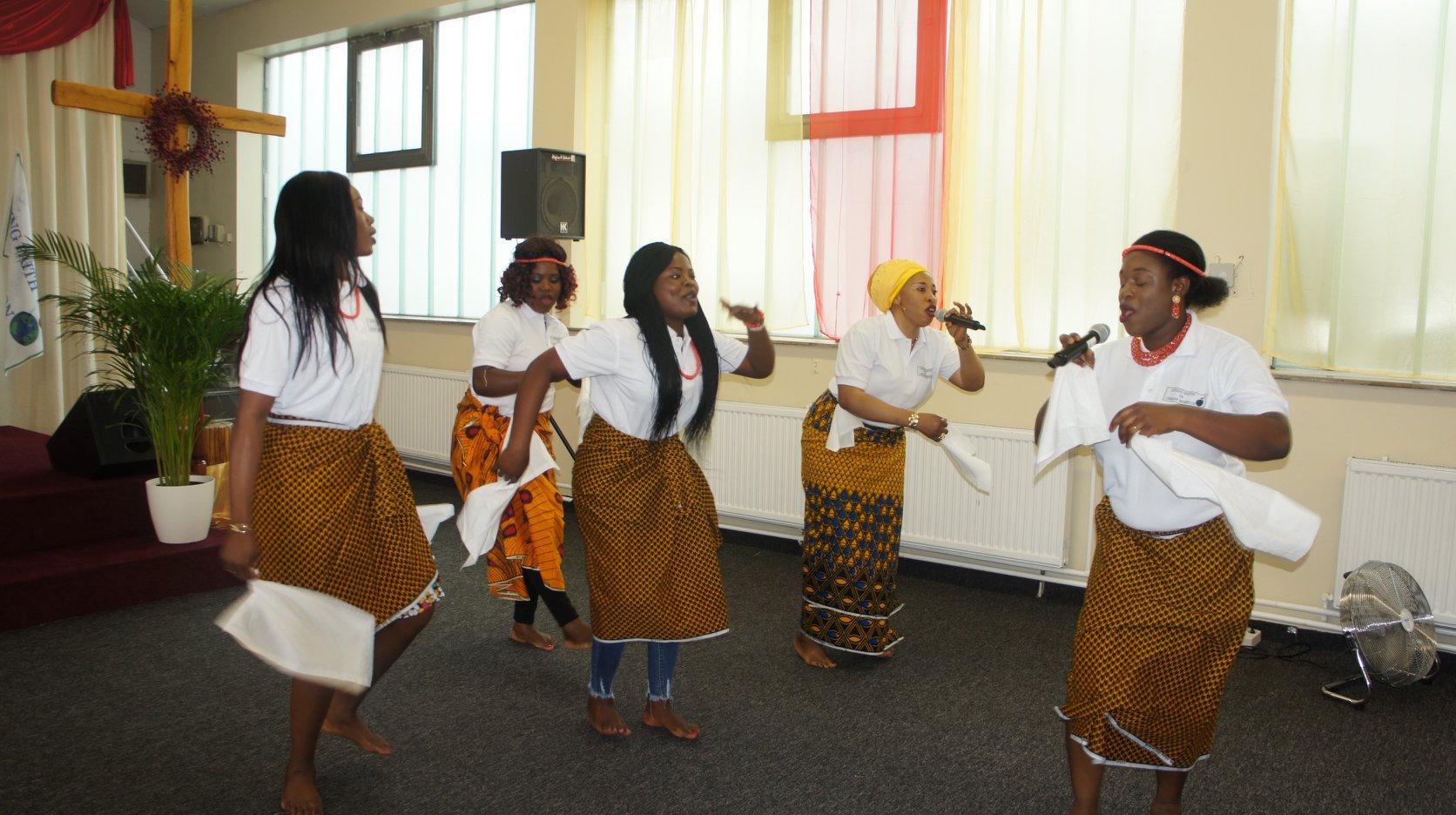 WOMEN CULTURAL DANCE